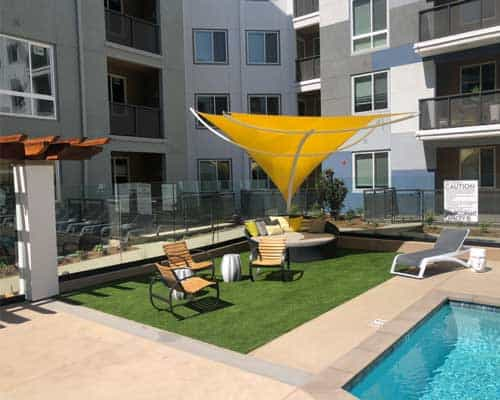 artificial grass pool apartments