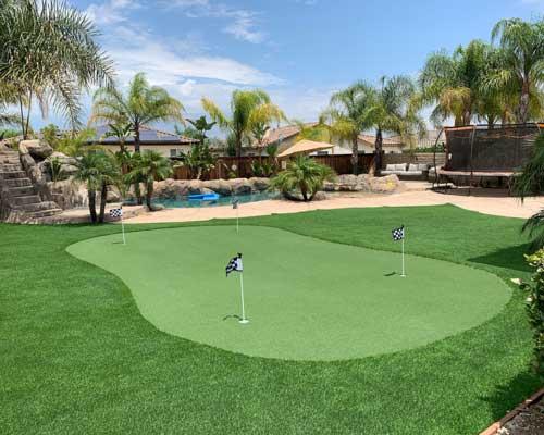 artificial backyard putting green